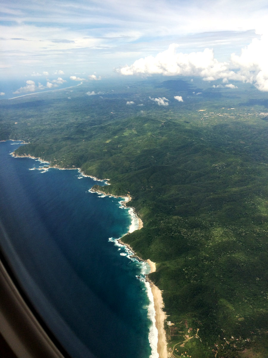 Las Palmeras Plane Flight