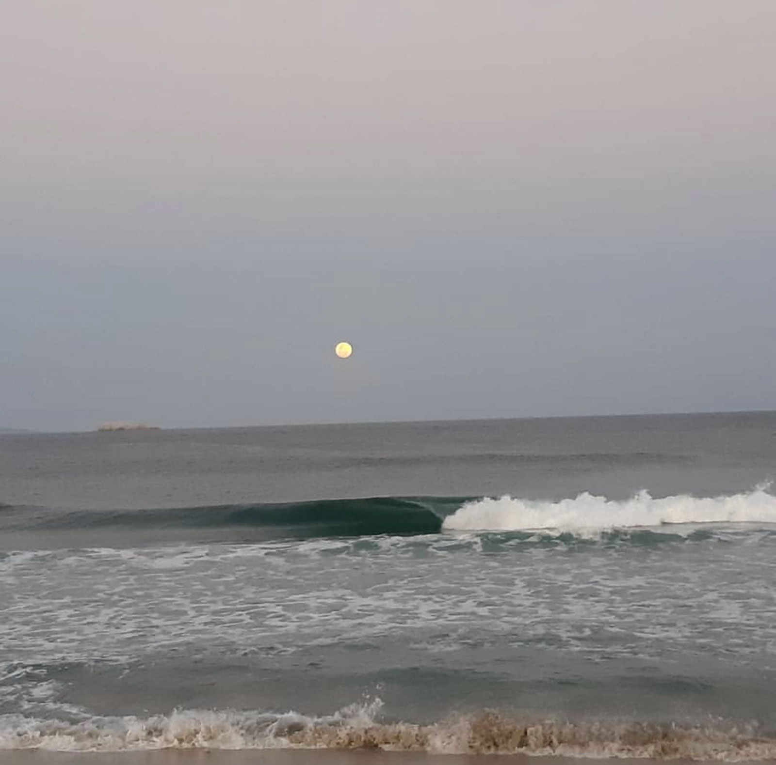 Las Palmeras Surf Camp - April 2019