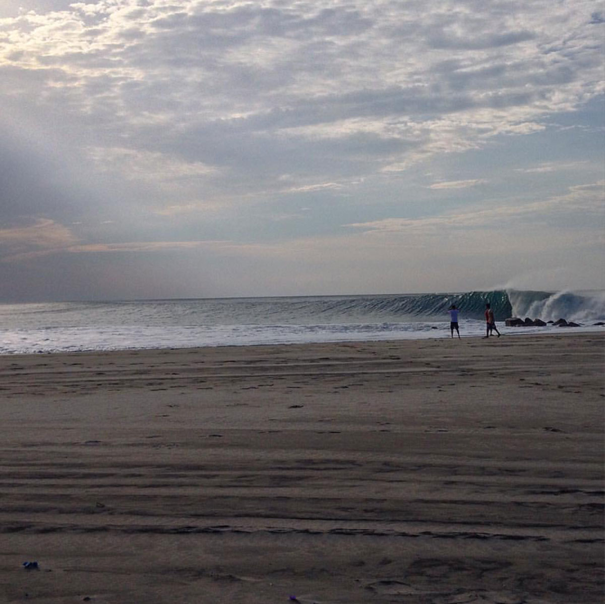 surf_las_palmeras_bamba_firing-01