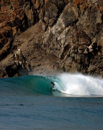 Adam on a serious double up. Escondida, Salina Cruz, Las Palmeras Surf Camp